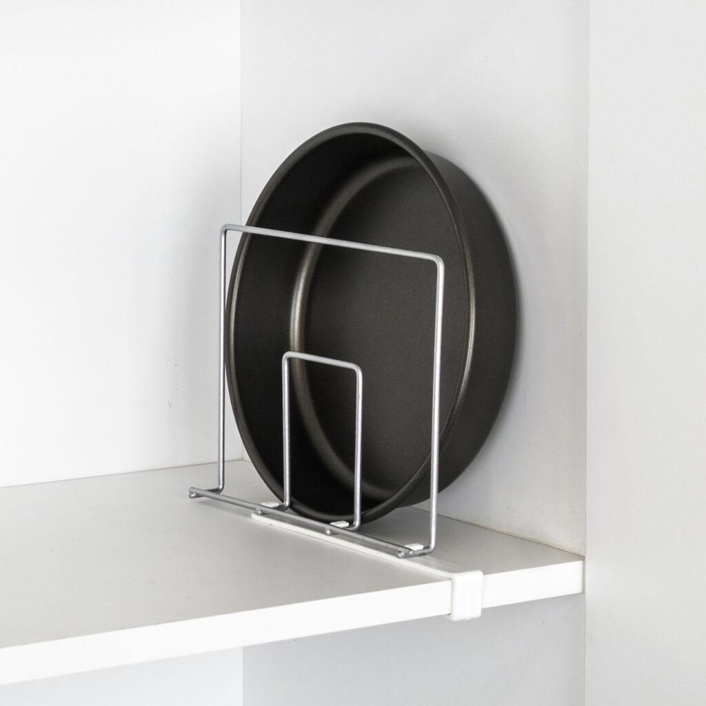 Divisor de prateleiras para armário de cozinha