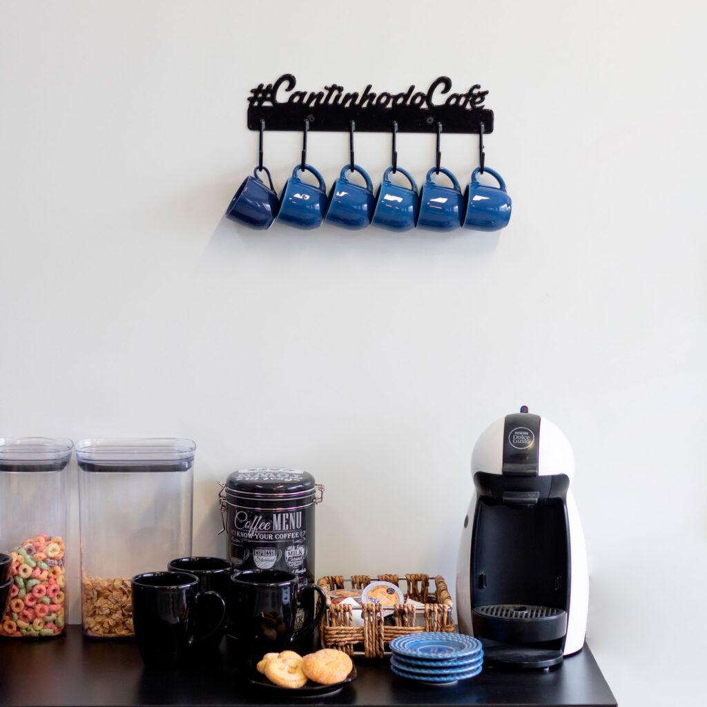 Gancho de parede aramado Cantinho do Café