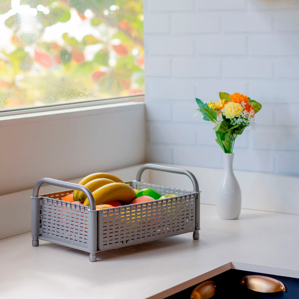 Fruteira Aramada com 1 cesto para mesa ou bancada de cozinha