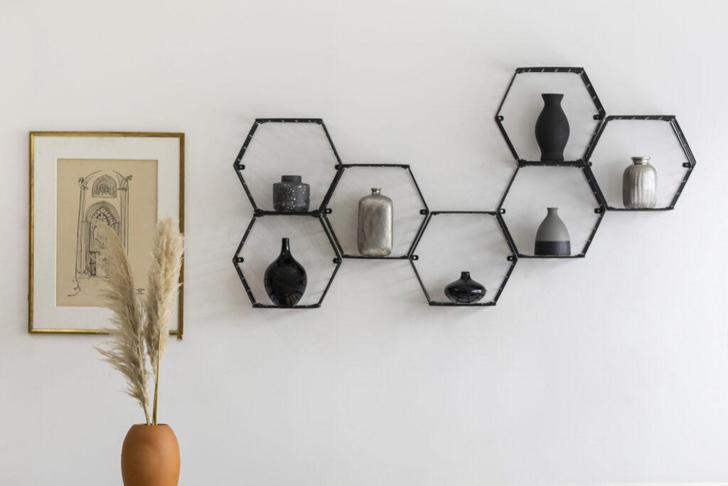 Nicho decorativo hexagonal - Linha Wire