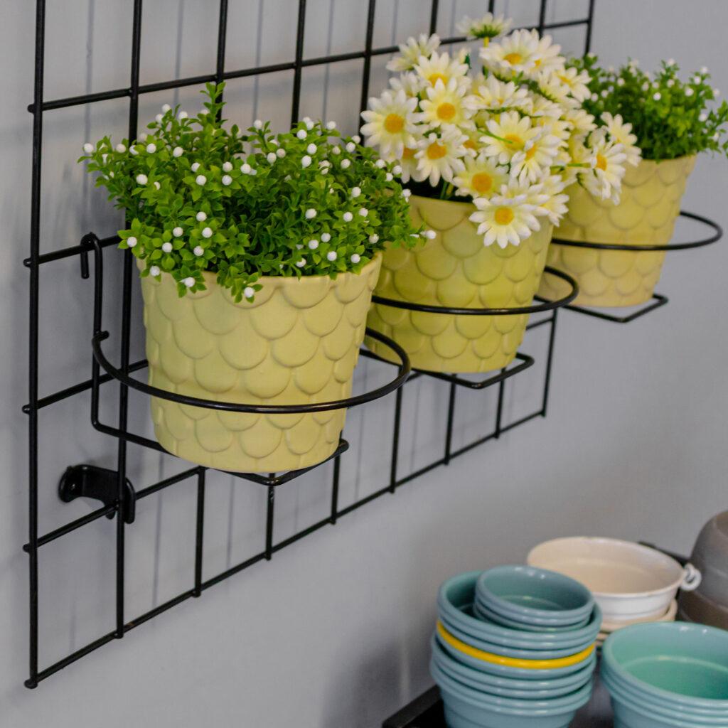 Kit Tela Decorativa Grande com Suportes para Vasos Aramada para Jardim Vertical