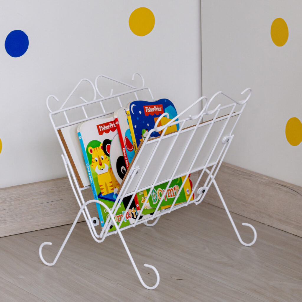 Organizador de revistas decorativo de chão